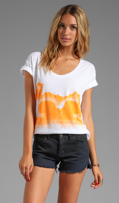 Buffalo Kisses Short Sleeve Relax Tee