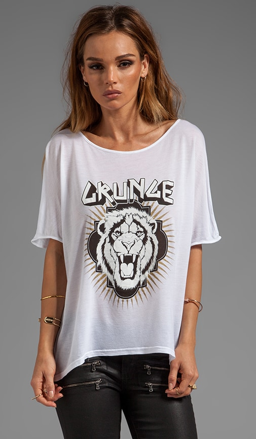 Grunge Lion Oversized Hi Low Tee