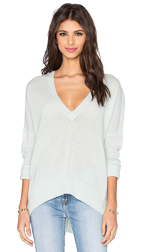 360 Sweater Copacobana V Neck Sweater in Mint