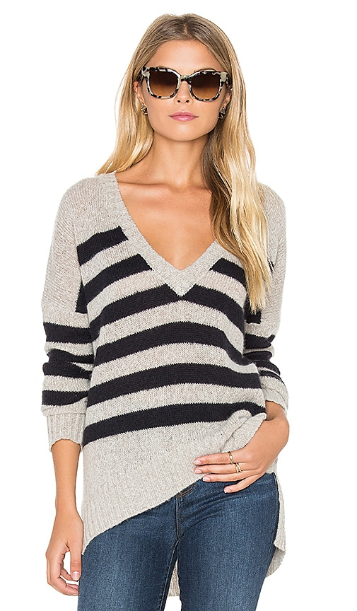 360 Sweater Monroe V Neck Sweater in Gray