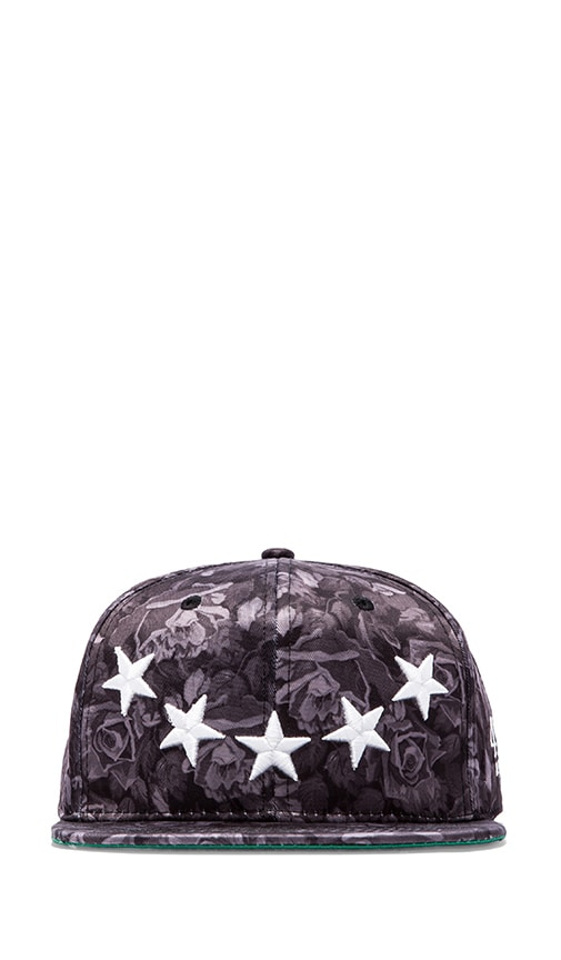 40 OZ NY Roses and Stars Hat in Light Gray