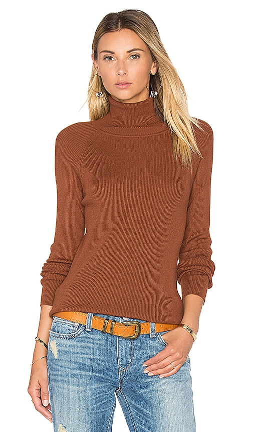 525 america Solid Rib Turtleneck Sweater in Brown