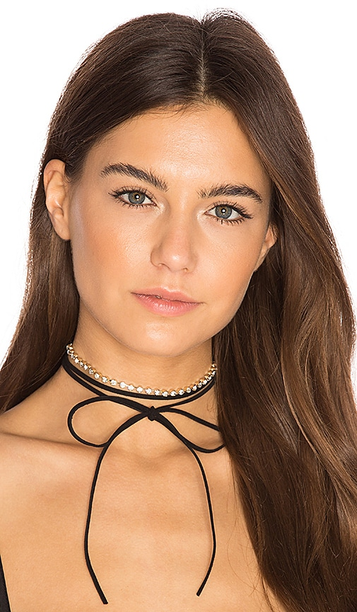 8 Other Reasons Closer Triple Wrap Necklace in Black