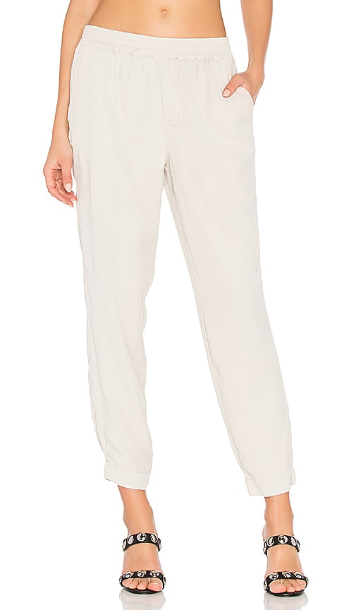 YFB CLOTHING Larry Jogger in White