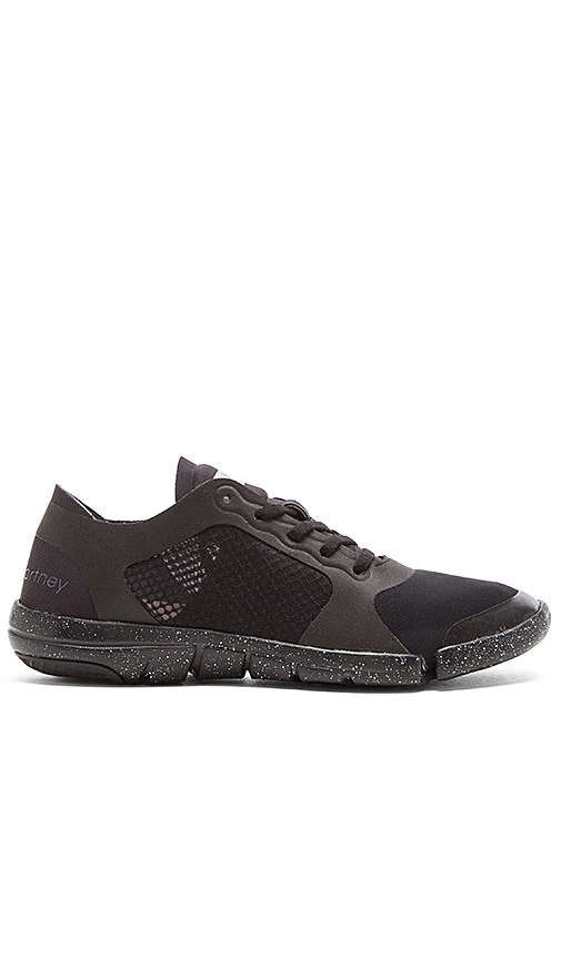 Ararauna Studio Shoe