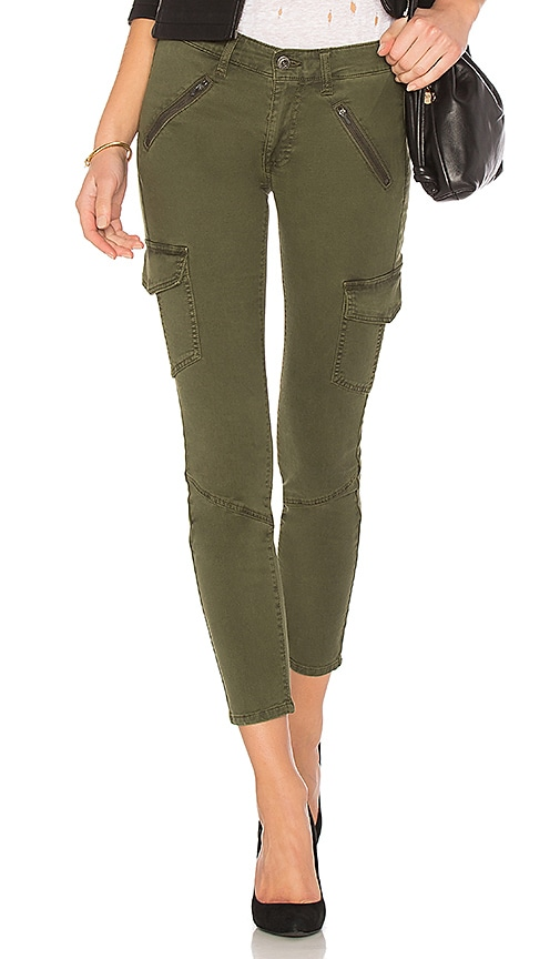 AG Adriano Goldschmied Whitt Tapered Pant in Olive
