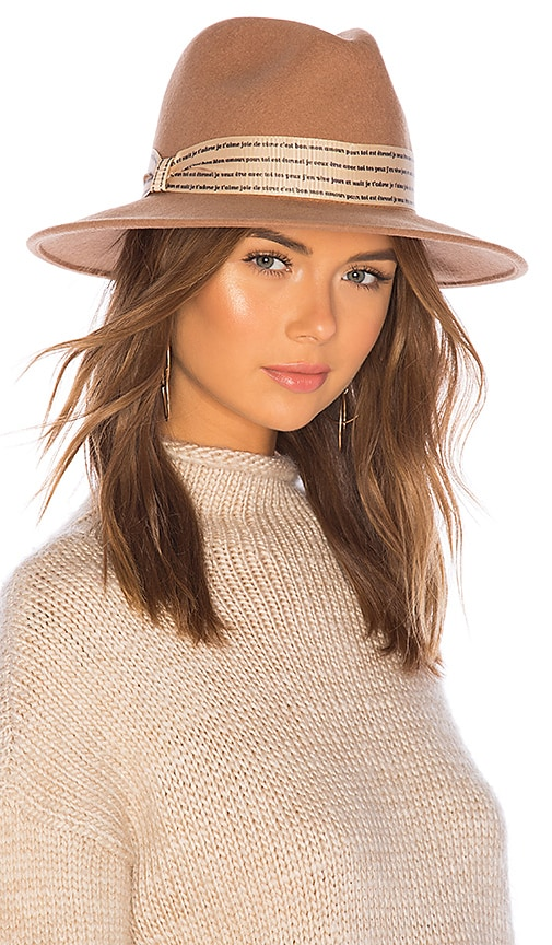 L'Amour Hat