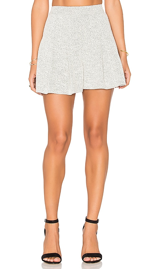 Alice + Olivia Lorna Short in Light Gray