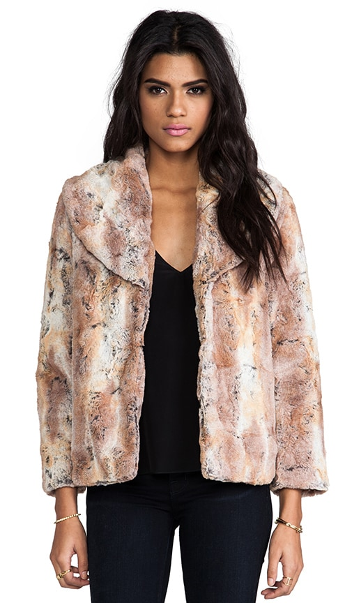 Annistyn Round Collar Faux Fur Coat