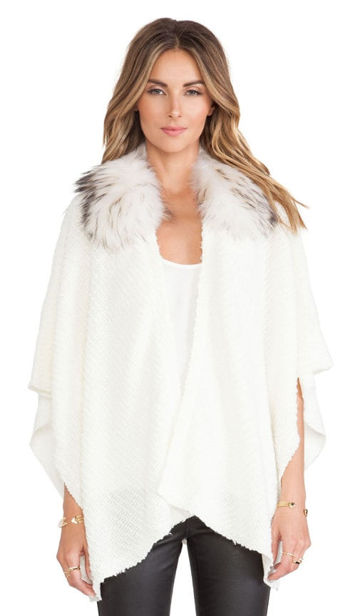Zoe Asiatic Raccoon Fur Collar Poncho