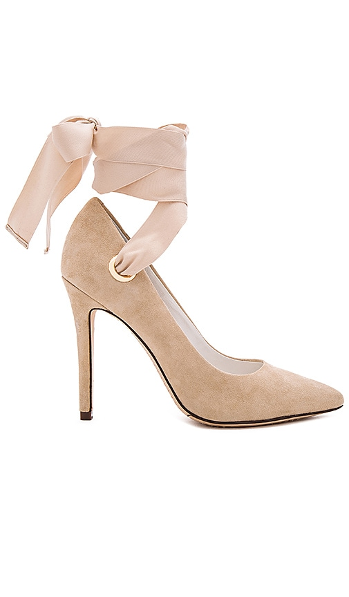 Alice + Olivia Dominique Heel in Tan