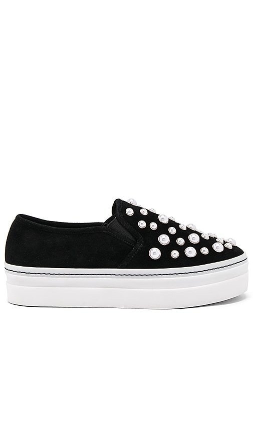 Woman Sasha Pearls Suede Platform Slip-On Sneakers Black