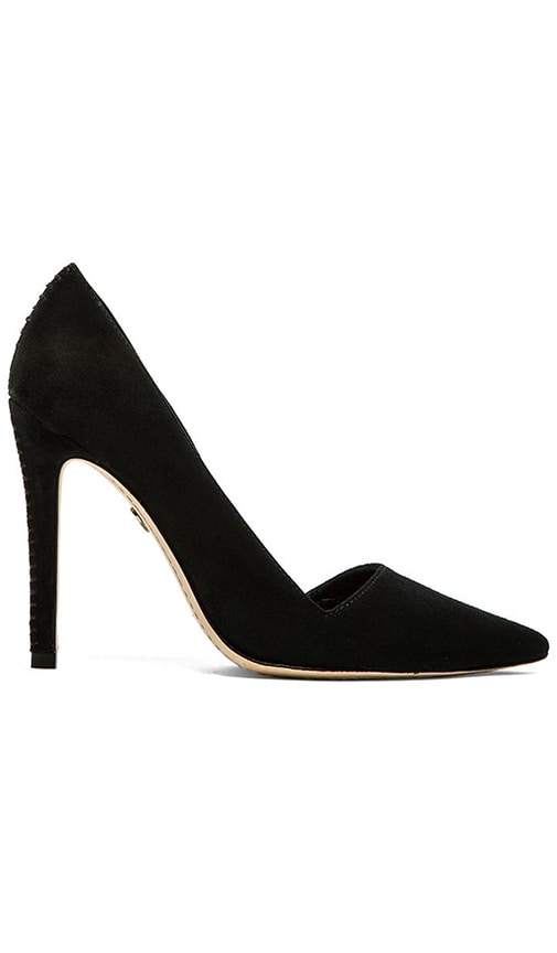Makayla Pumps