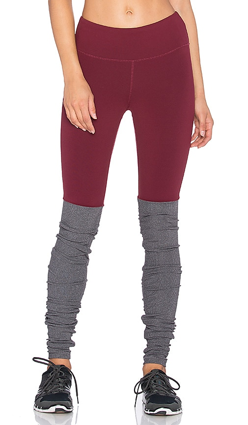 alo Goddess Ribbed Legging in Deep Plum & Stormy Heather