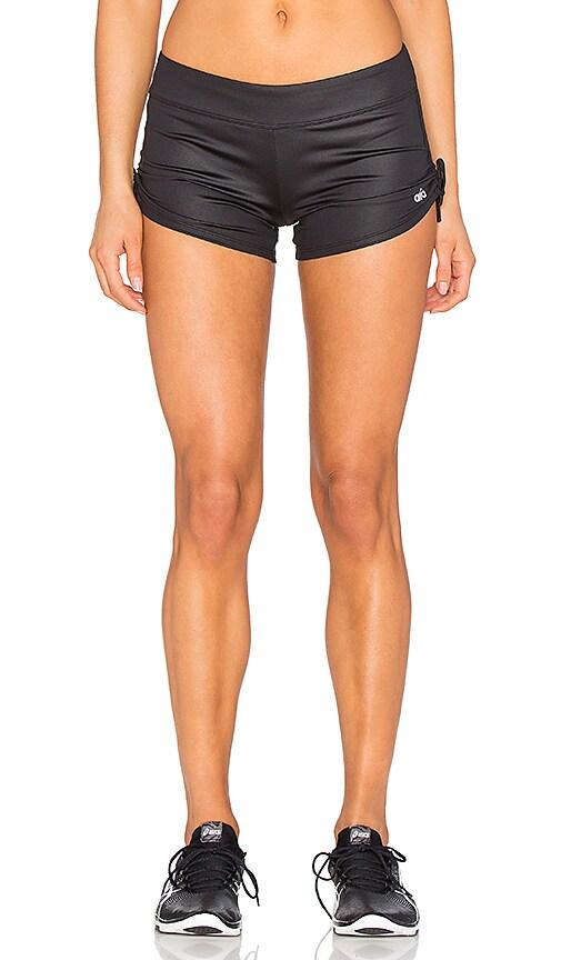 alo Sweat It Shorts in Black