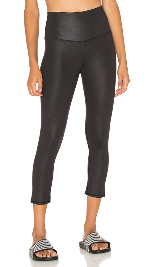 alo High Waist Airbrush Capri in Black Glossy