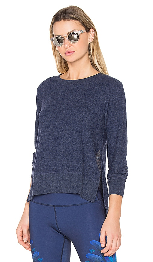 alo Glimpse Pullover in Blue