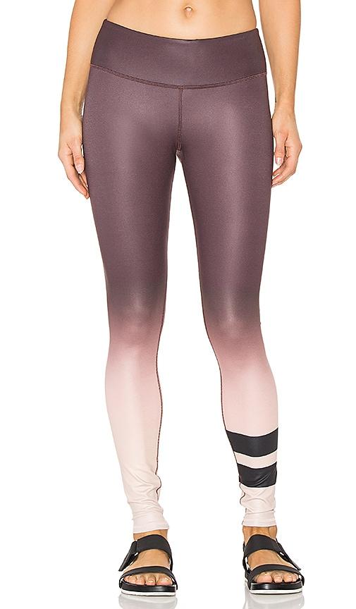 alo Airbrush Legging in Purple