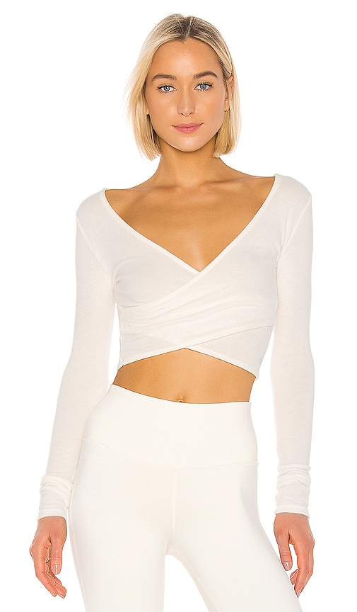 Amelia Luxe Long Sleeve Crop by Alo