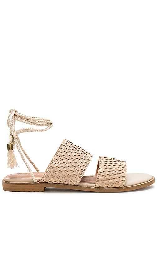 Alias Mae Thatch Sandal in Tan