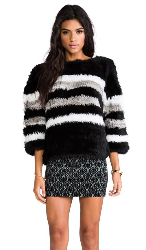 Freeze Rabbit Pullover