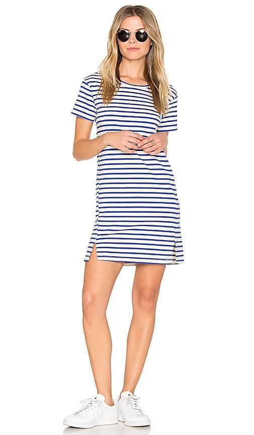 AMO Twist Dress in Blue