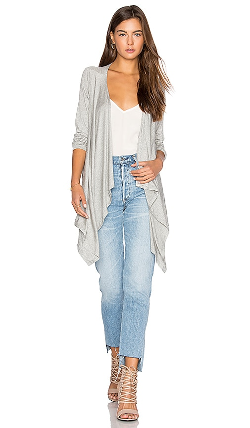 amour vert Pearl Cardigan in Gray