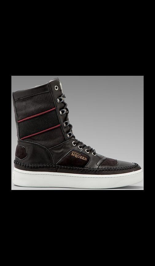 Joust Boot