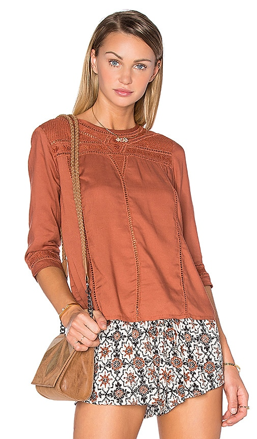 AMUSE SOCIETY Harmony Woven Top in Rust