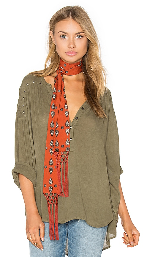 AMUSE SOCIETY Sage Woven Top in Green