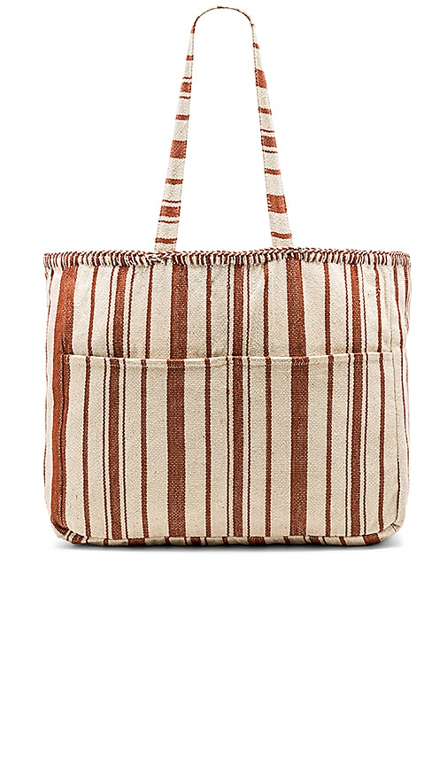 AMUSE SOCIETY Casa De Playa Tote in Rust