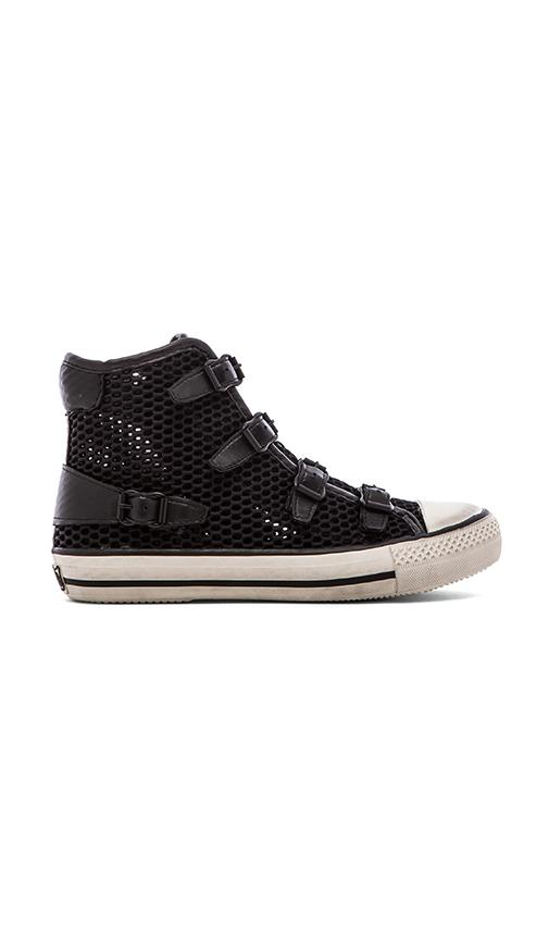 Vanessa Sneaker