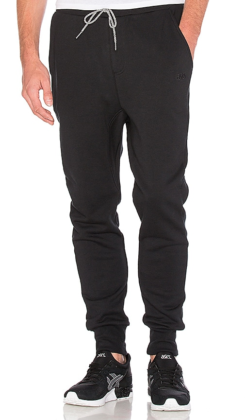Asics Platinum Classic Jogger in Black