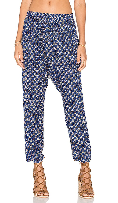 AUGUSTE Relaxed Pant in Navy