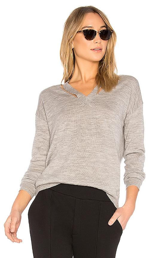 AVEC LES FILLES V Neck Sweater in Gray