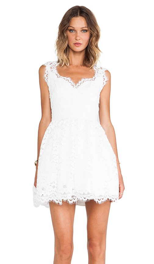 Antilles Scalloped Detail Lace Dress