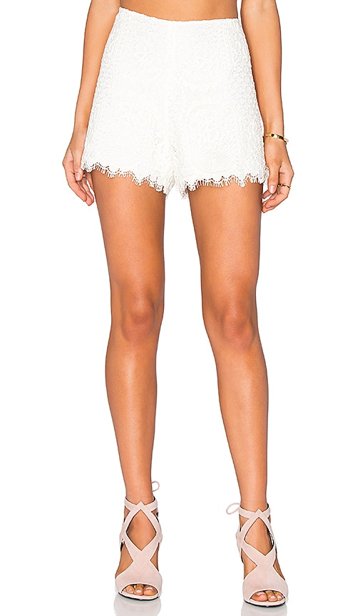 Alexis Gigi Short in Ivory