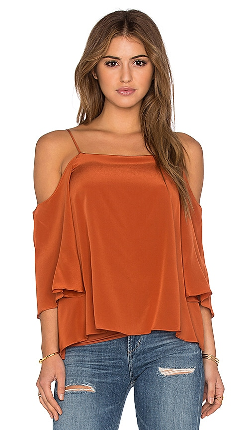 Bailey 44 Solid Tusk Top in Terracotta
