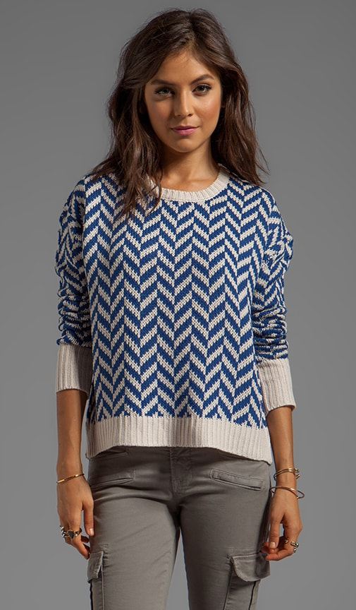 Dolores Zig Zag Pattern Sweater Knit