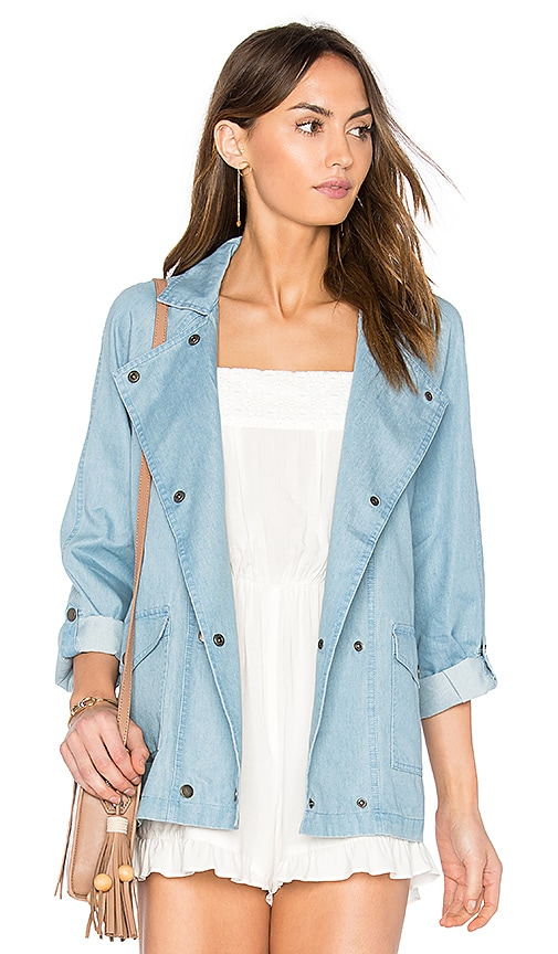 Jack by BB Dakota Raines Jacket in Medium Wash Chambray