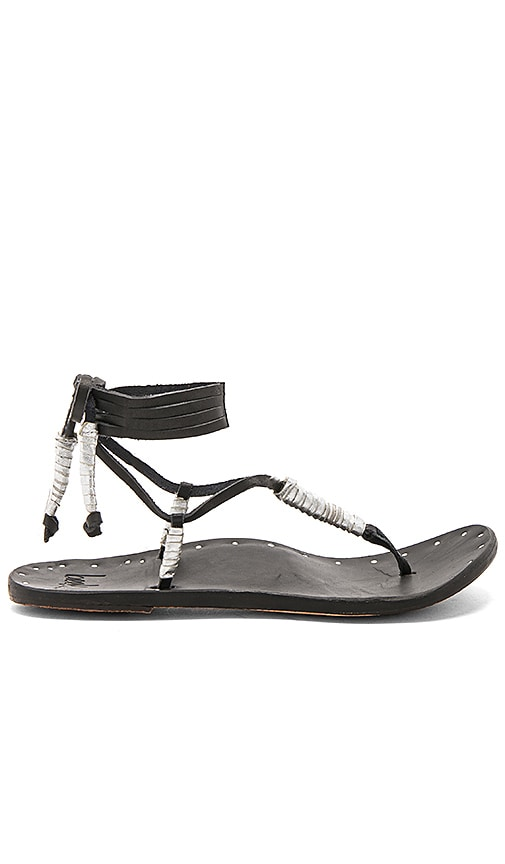 Beek The Crane Sandal in Black