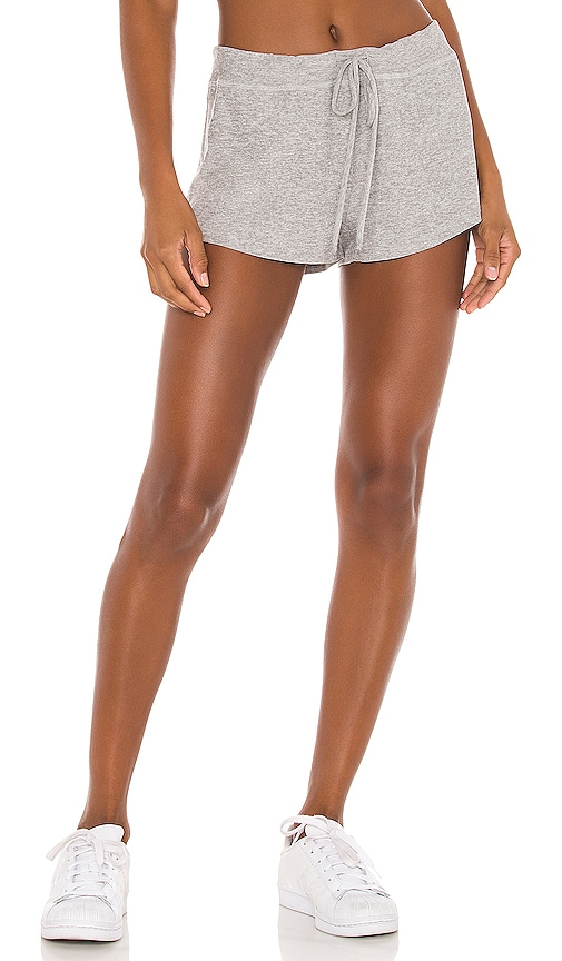Beyond Yoga X REVOLVE Such A Featherweight Jogger Shorts in Light Grey.