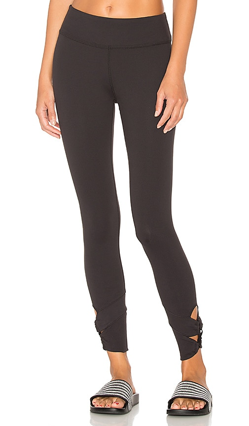 Beyond Yoga Infinity Looped 7/8 Legging in Black