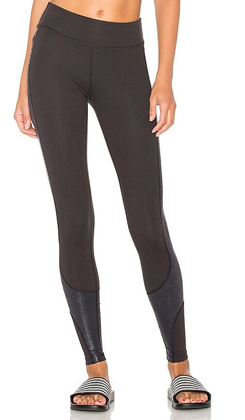 Beyond Yoga Glass Curved Side Legging in Black