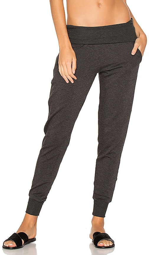 Beyond Yoga Cozy Fleece Foldover Sweatpant in Gray