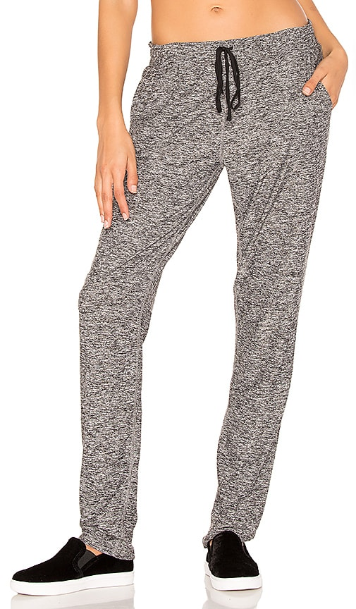Beyond Yoga On The Run Jogger Pant in Gray