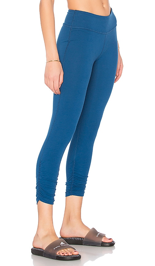 Beyond Yoga Essential Gathered Capri Legging in Blue