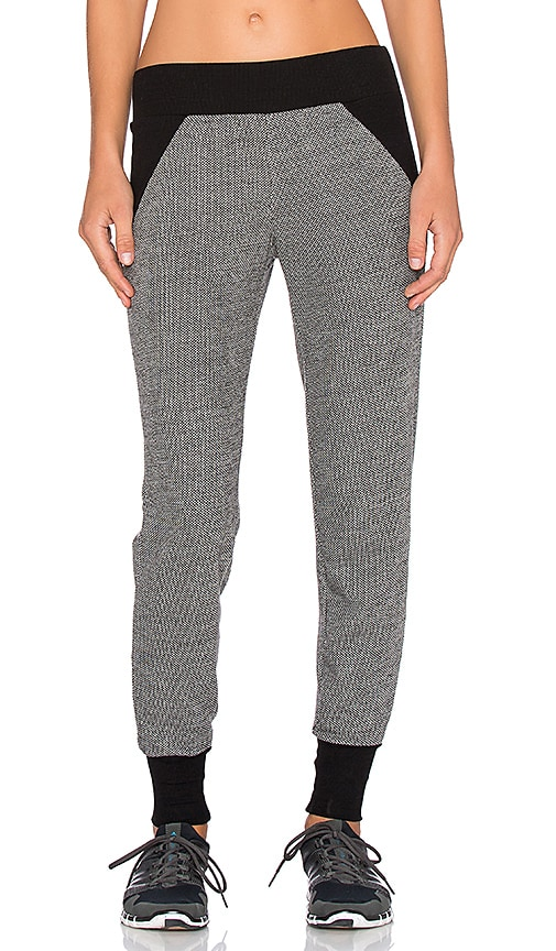 Beyond Yoga Honeycomb Blocked Pant in Heather Grey
