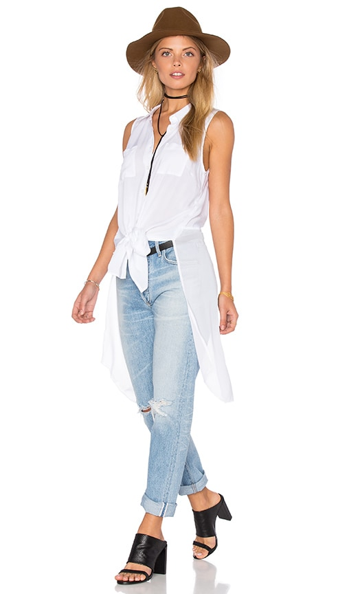 BCBGeneration Elongated Button Up Top in Optic White