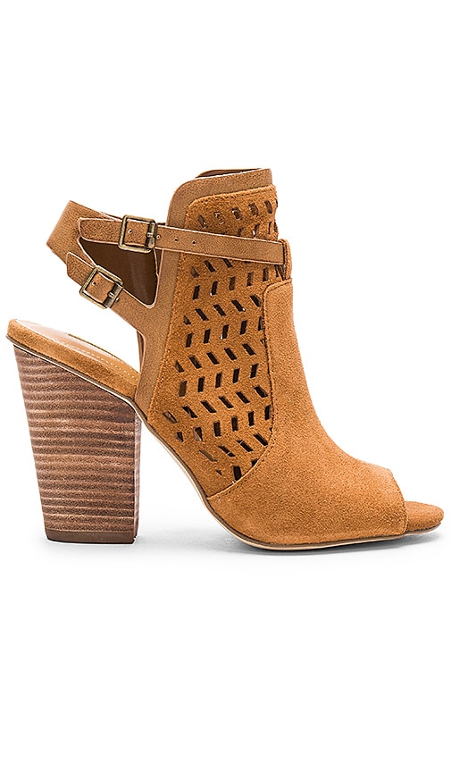 BCBGeneration Creen Heel in Tan